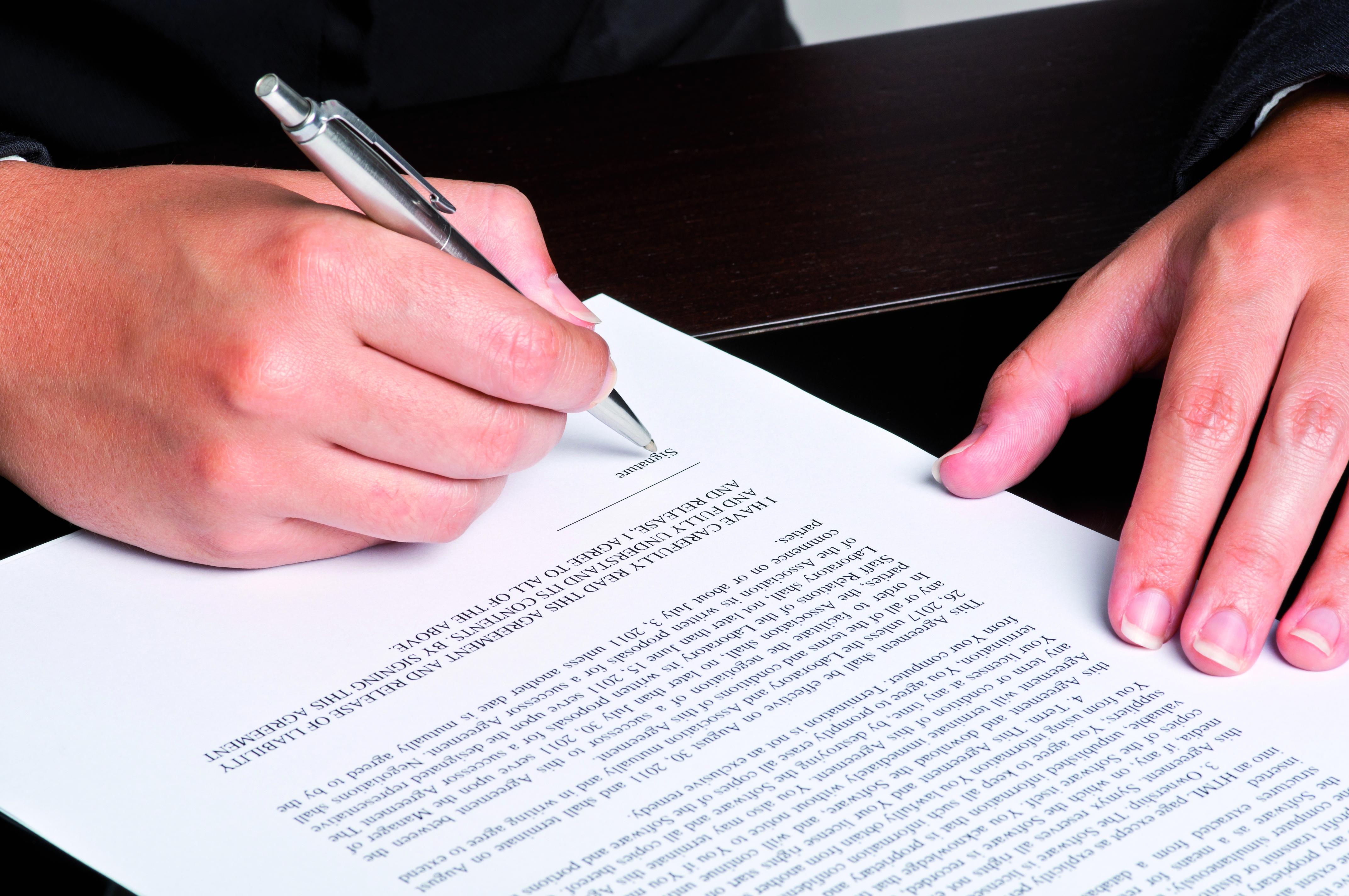 Anfechtbarkeit Einer Auflosungsvereinbarung Bei Druckausubung Auf